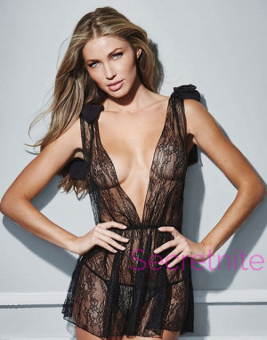 Plus Size Simple Lace Babydoll Set