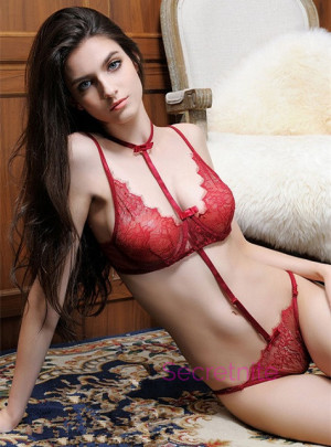 Convertible Eyelash Lace Burgundy Teddy Set