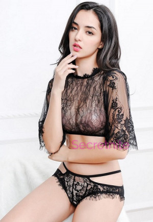 Long Sleeve Flirty Lace Black Cami Set